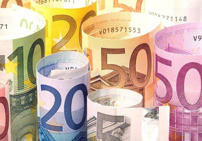 Spanish now richer than Italians, IMF data show (Financial Times)